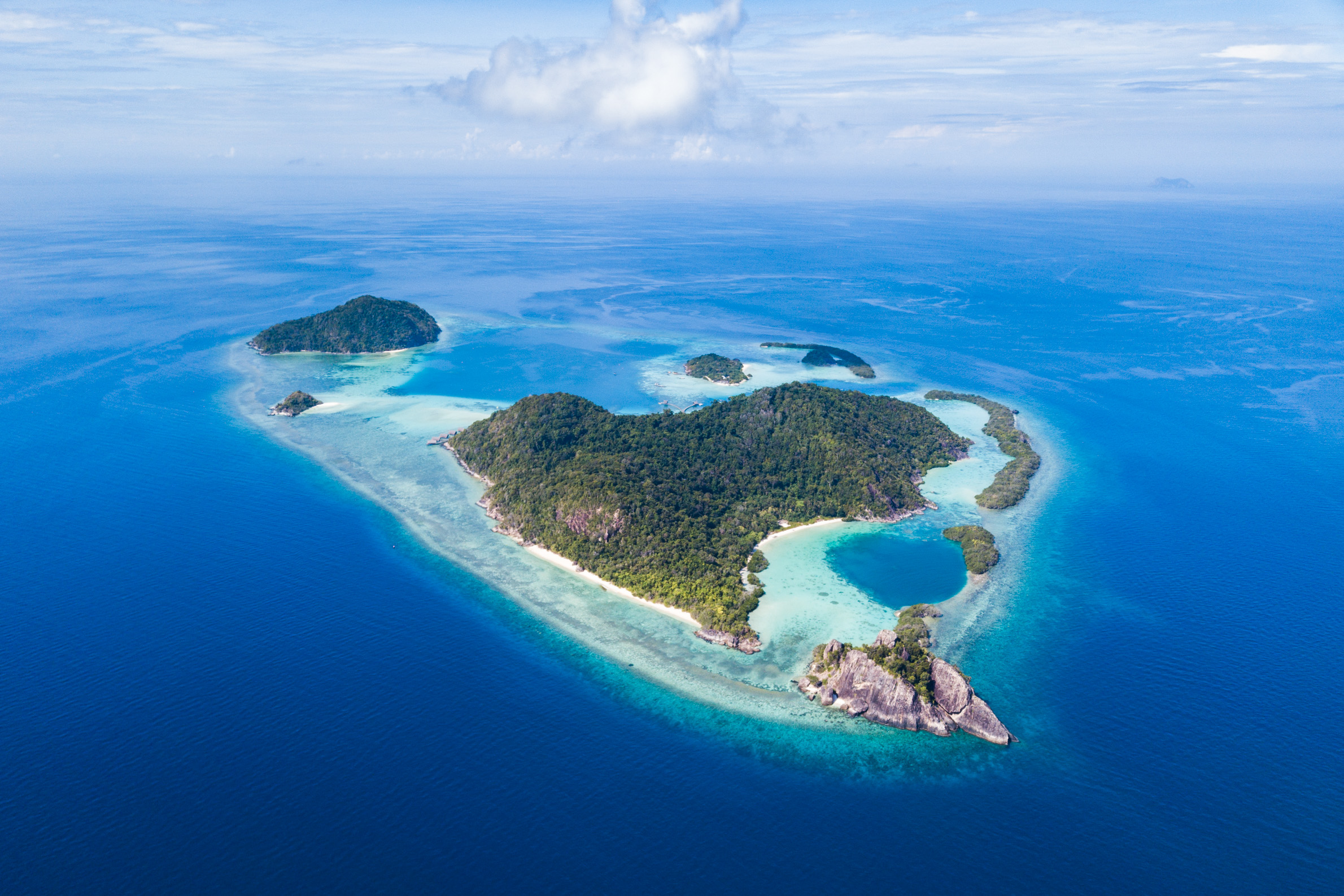 6_islands_from_seaplane