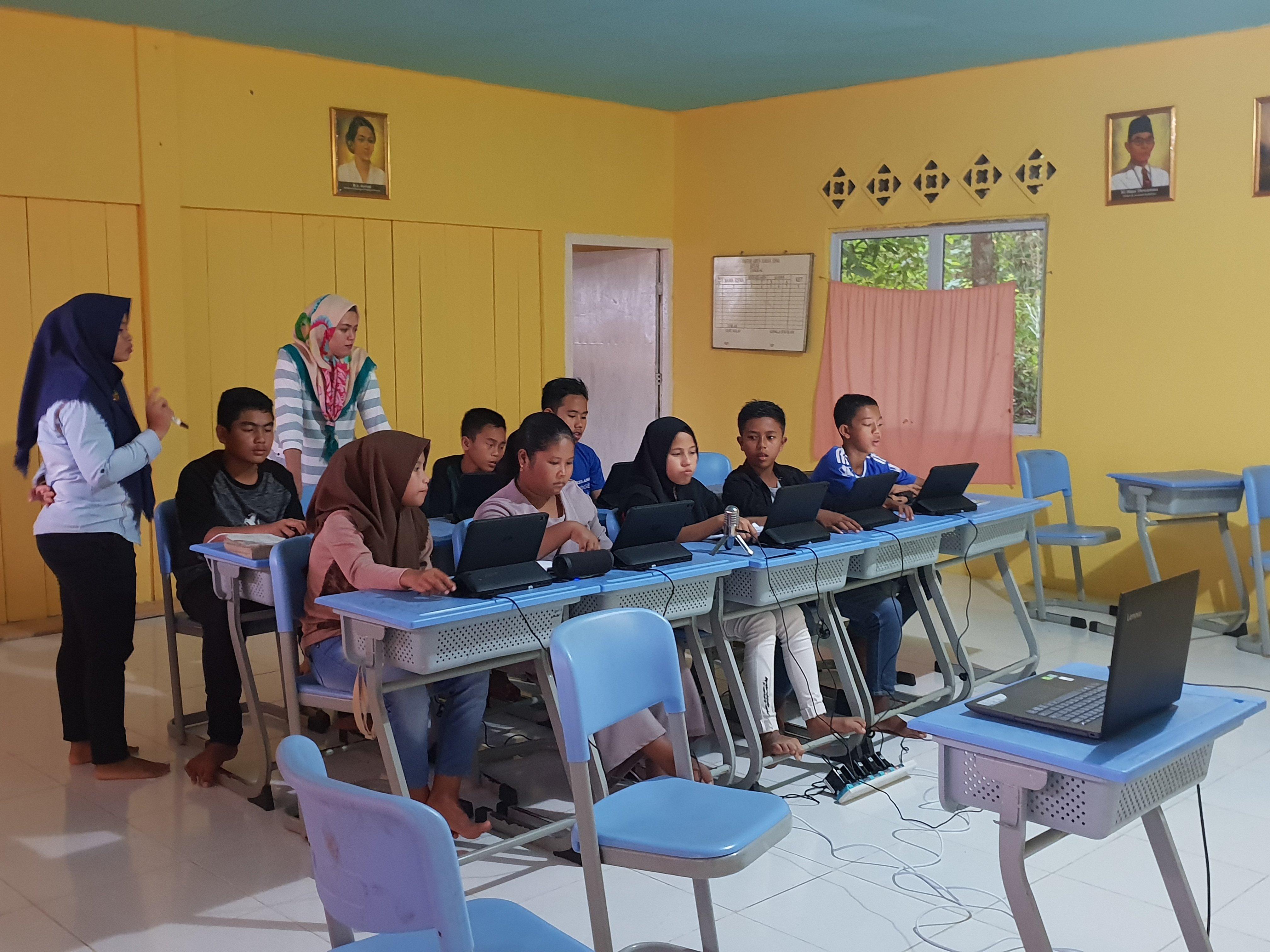 1 BAF Digital English Club  Foundation