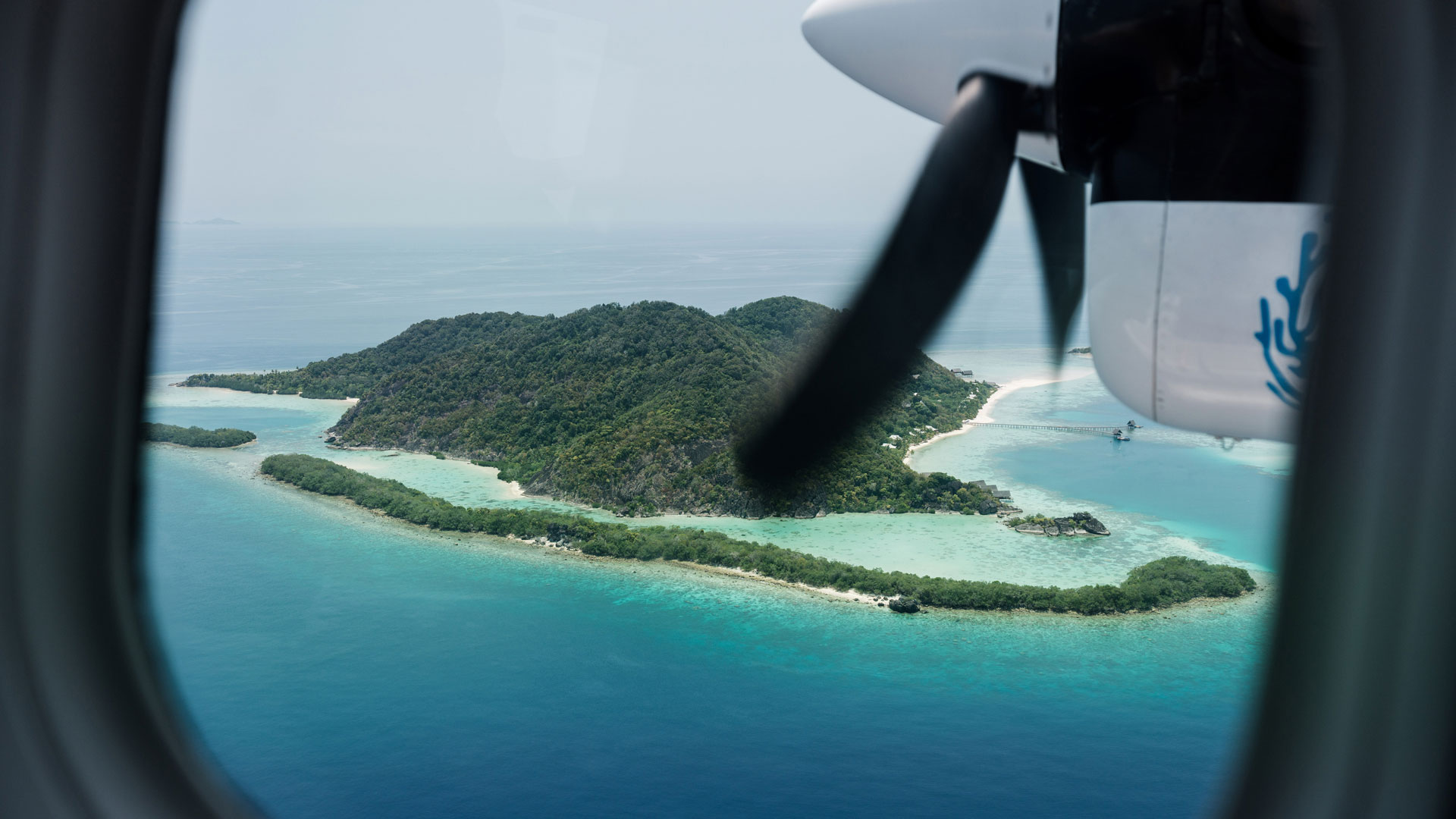 Bawahreserve_view_from_seaplane_zoom