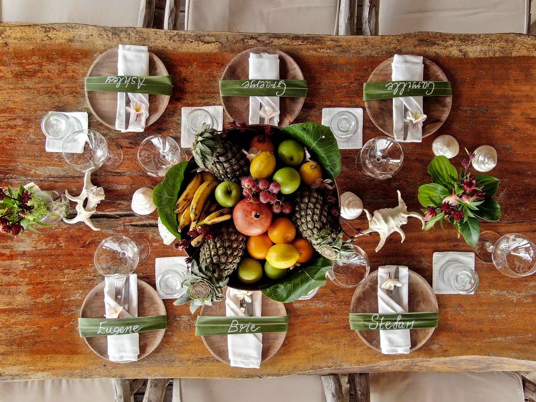 table setting name place leaf