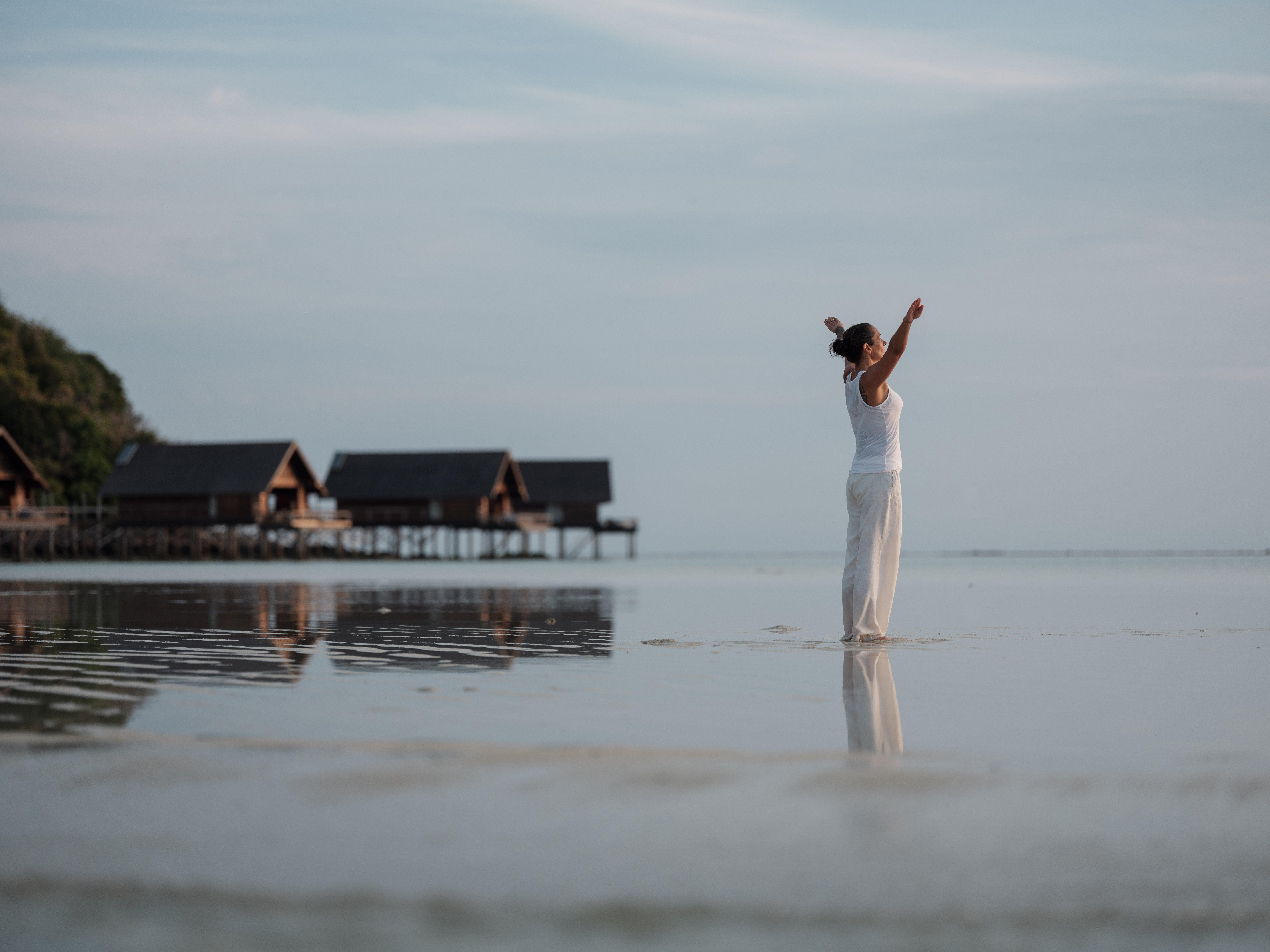 Bawah-reserve-medium-res-1741 Wellbeing Lisa Beach Sunrise movement