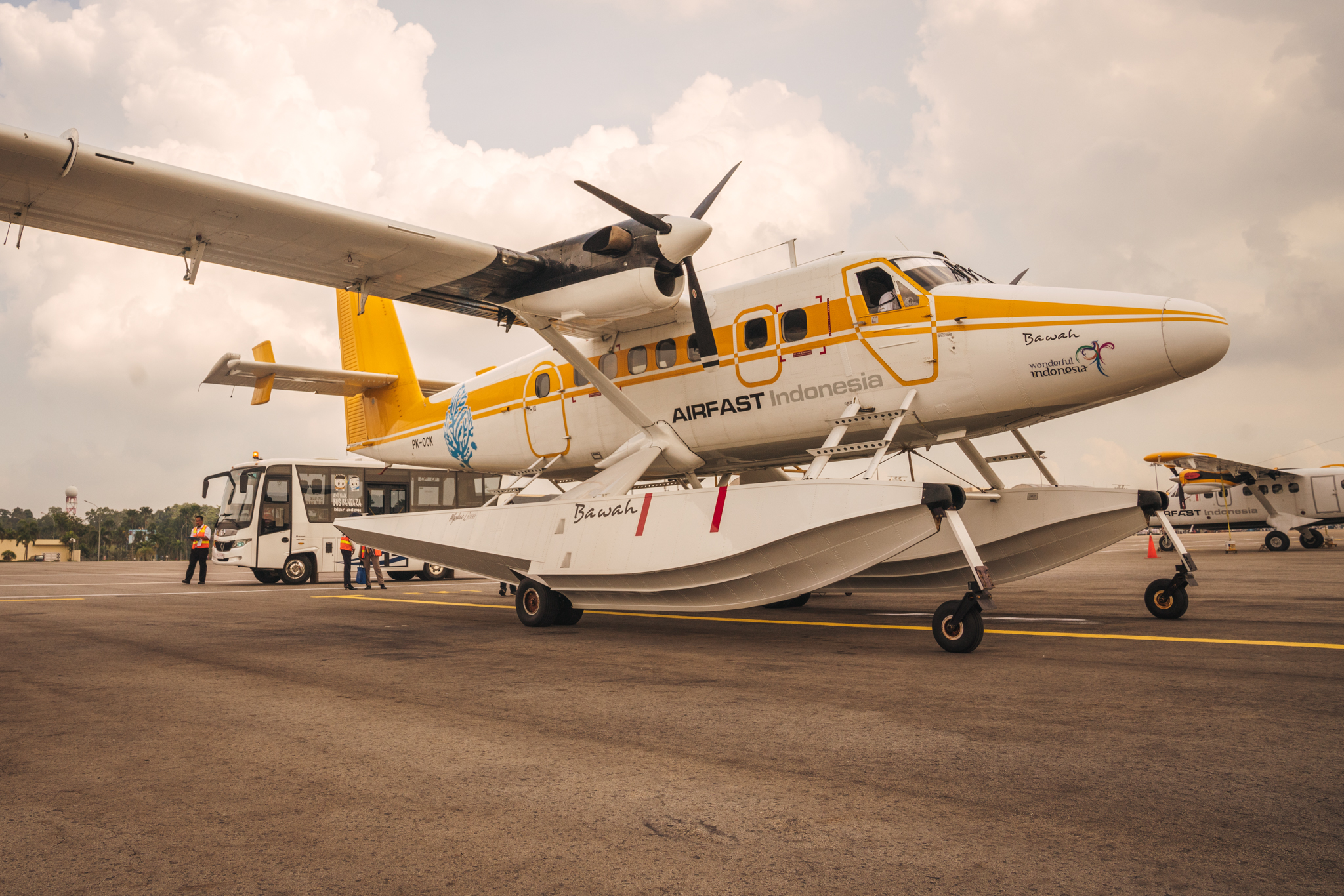 bawah_seaplane_stationed_in_batam_airport