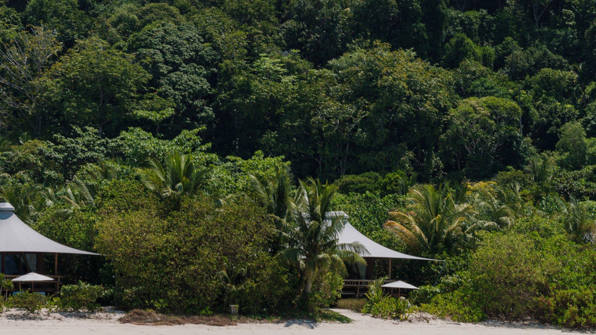 beach-suites-bawah-reserve